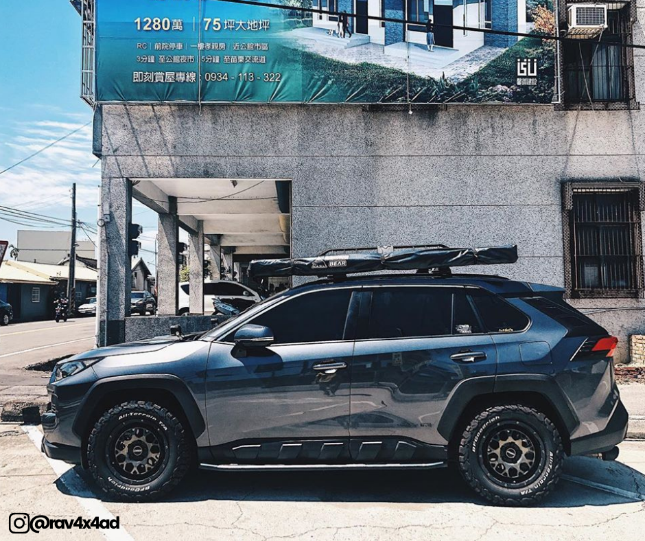 Offroad lifted Rav4 on all terrain tires