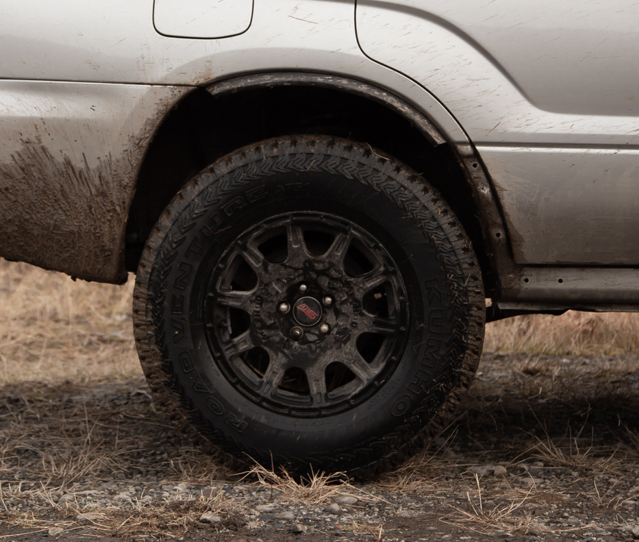 method mr502 wheels on a lifted subaru forester