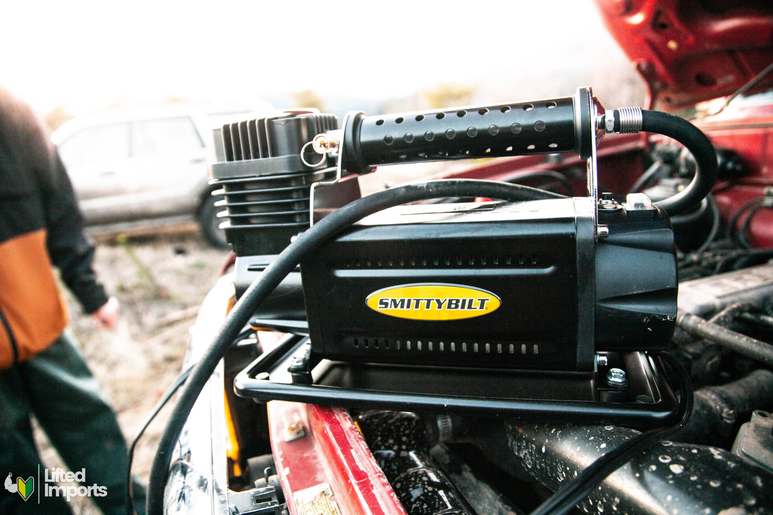 smittybilt portable air compressor for off road